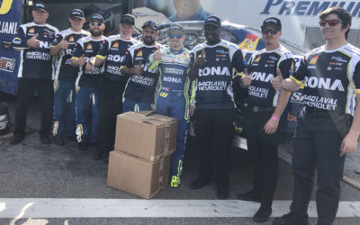 Alex Tagliani Surpasses LP Dumoulin in New Hampshire to Close Gap to Four Points in the NASCAR Pinty's Championship