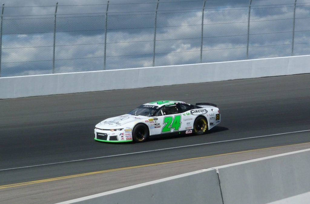 Donald Theetge Races to 2nd Place Finish at Jukasa in NASCAR Pinty's Season Finale